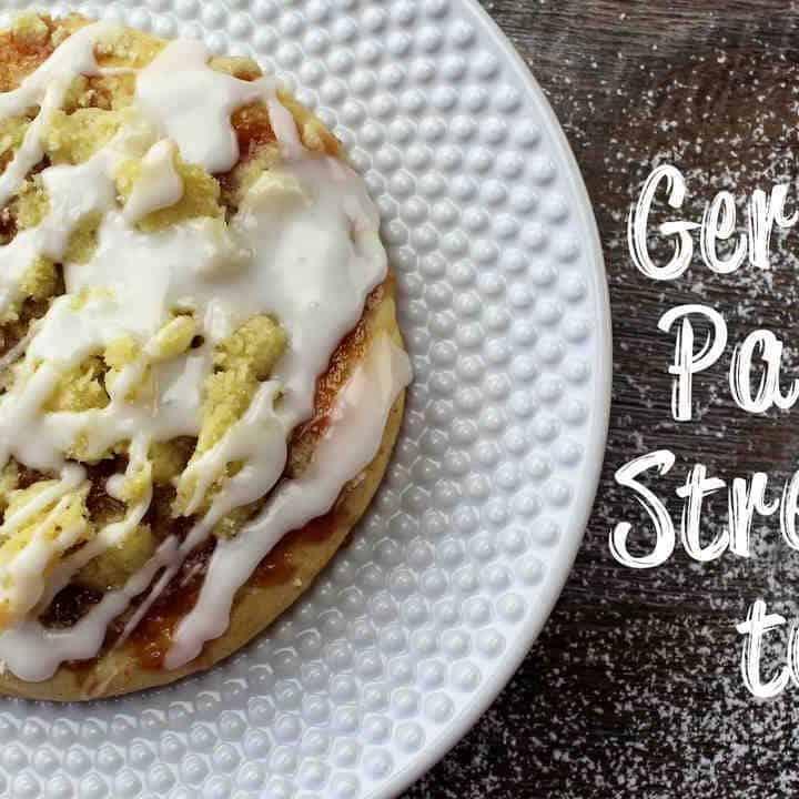 Streuseltaler German Pastry