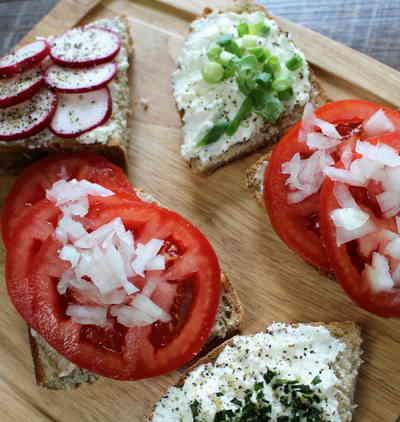 Healthy Tomato Sandwich