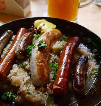 german brats sauerkraut