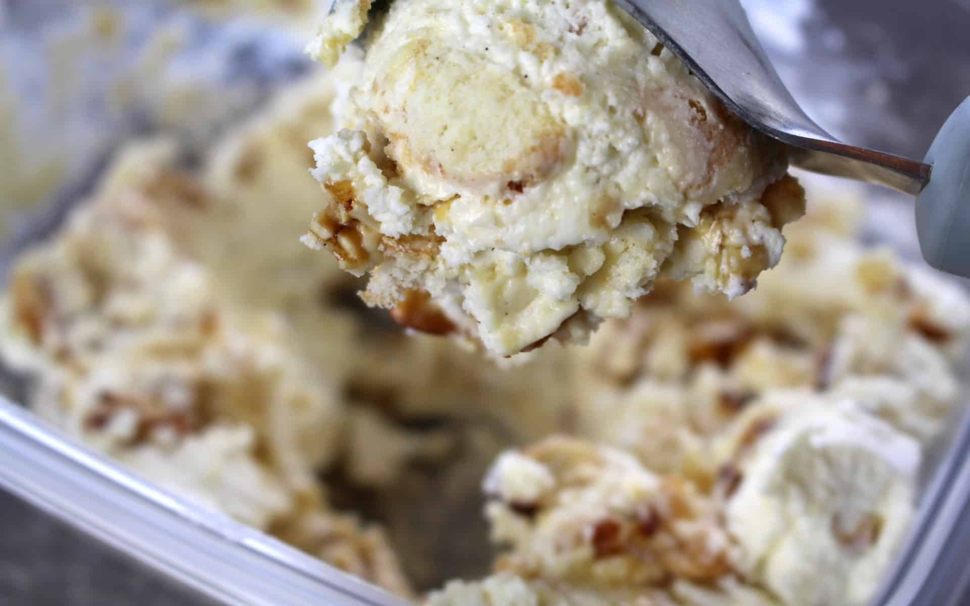 Bee Sting Cake Ice Cream 1920x1200