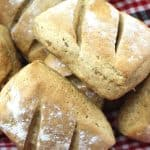 Buttermilk Rye Rolls