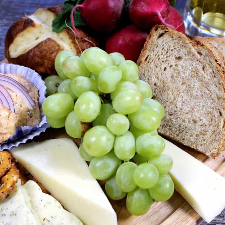 Oktoberfest Cheese Board Recipe