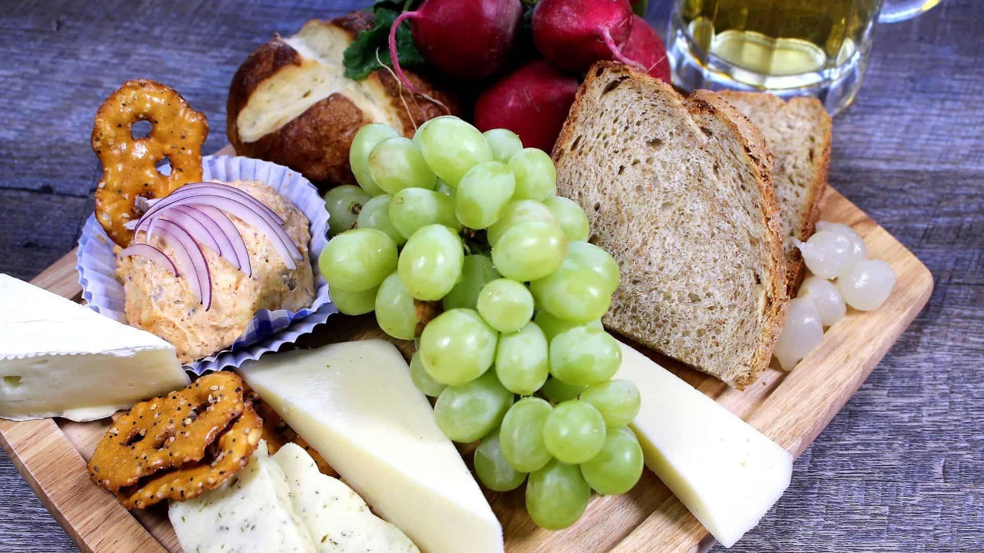 Oktoberfest Cheese Board Recipe